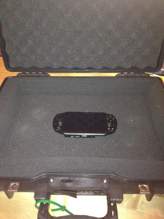 Deadmau5 Vita Demo Unit