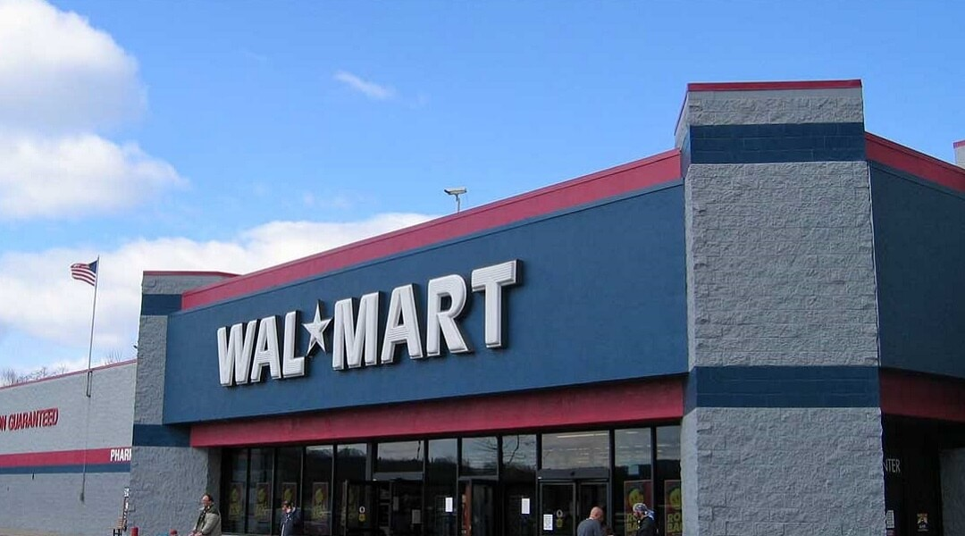 Man Arrested After Stealing Video Games and Urinating on Walmart Floor